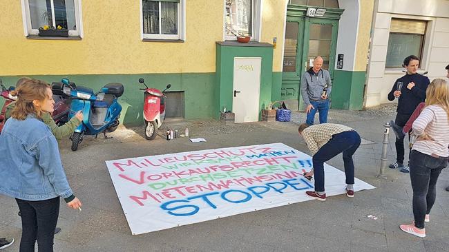 Anfertigen eines Protestplakats