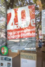 Plakat 20 Jahre QM Schillerpromenade