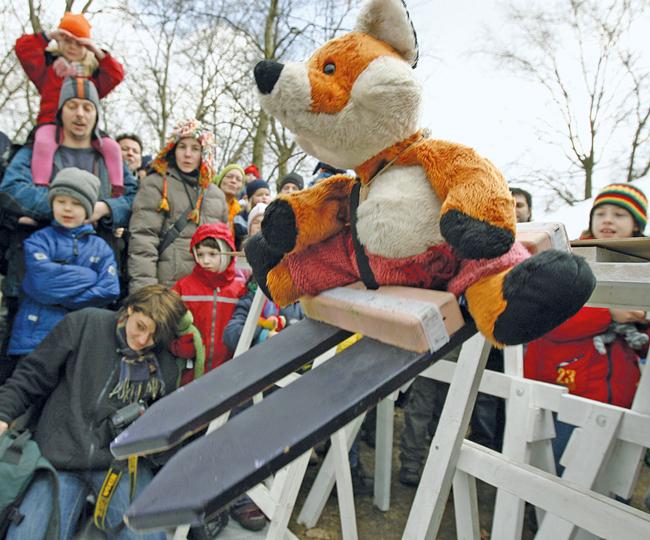 ,Wintersportolympiade für Stofftiere' des QM Falkplatz