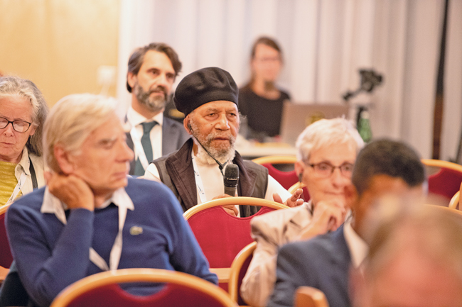 Teilnehmer der IUT-Konferenz