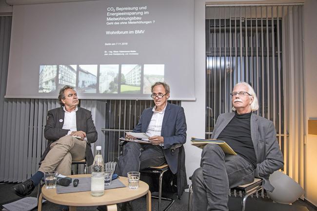 Podium beim Forum Wohnungspolitik
