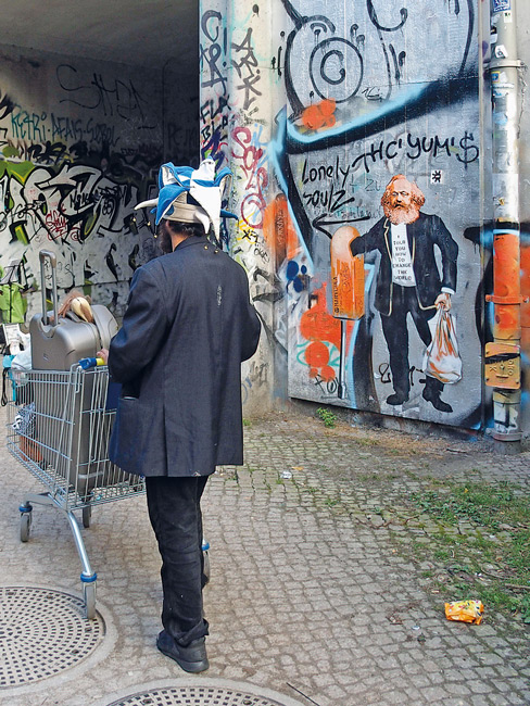 Leserfoto: Marx und Leierkasten