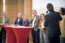 Teilnehmer beim Sozialgipfel
