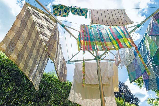 Wäschespinne im Garten