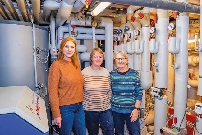 BHKW-Planerin Steldinger (Mitte) und die Genossenschaftsvorständinnen Rudolf und Schlun