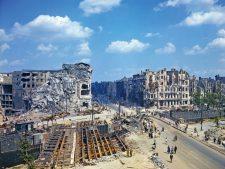 Wohngebäude-Ruinen im Mai 1945