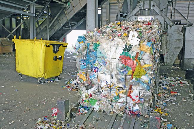 Müll aus der Gelben Tonne