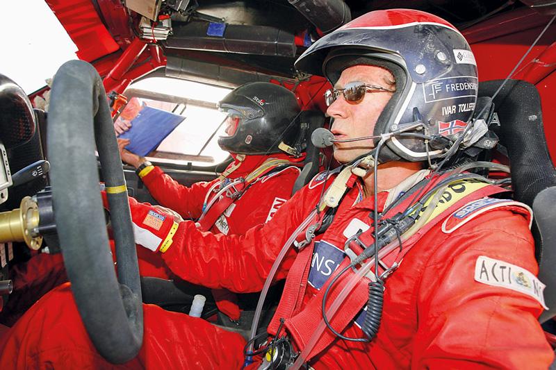 Ivar Tollefsen in seinem Rallye-Auto