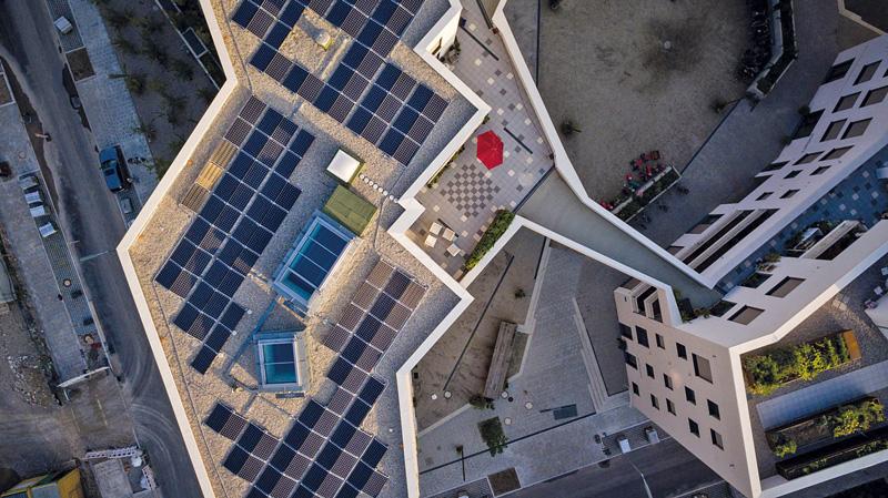 Solarpaneele auf dem Dach