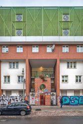 Fassade im ,Neuen Kreuzberger Zentrum'