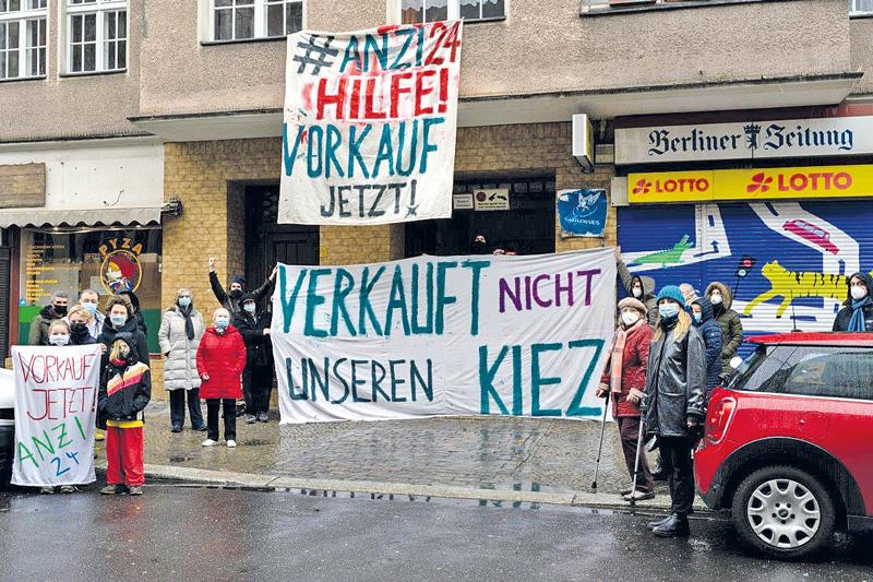 Anzi-24-Mieter bei einer Protestaktion