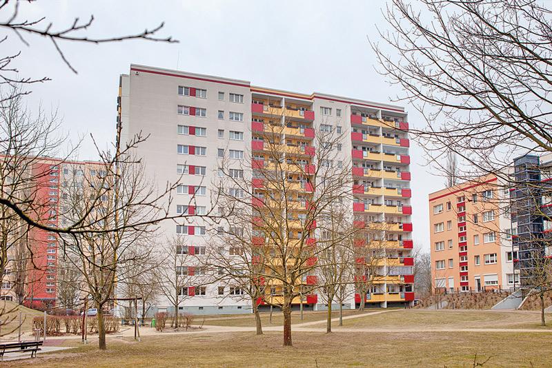Hochhaus in der Großsiedlung Buch