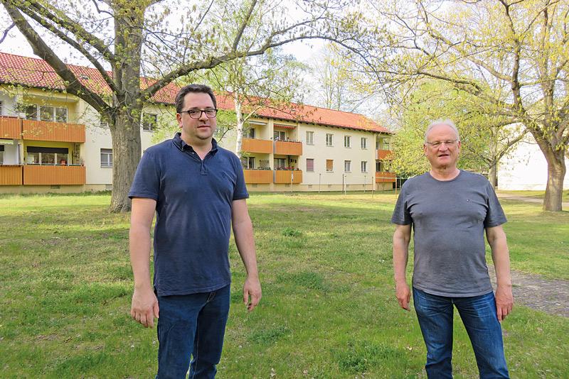 Steffen Unger und ein Mitstreiter der BI