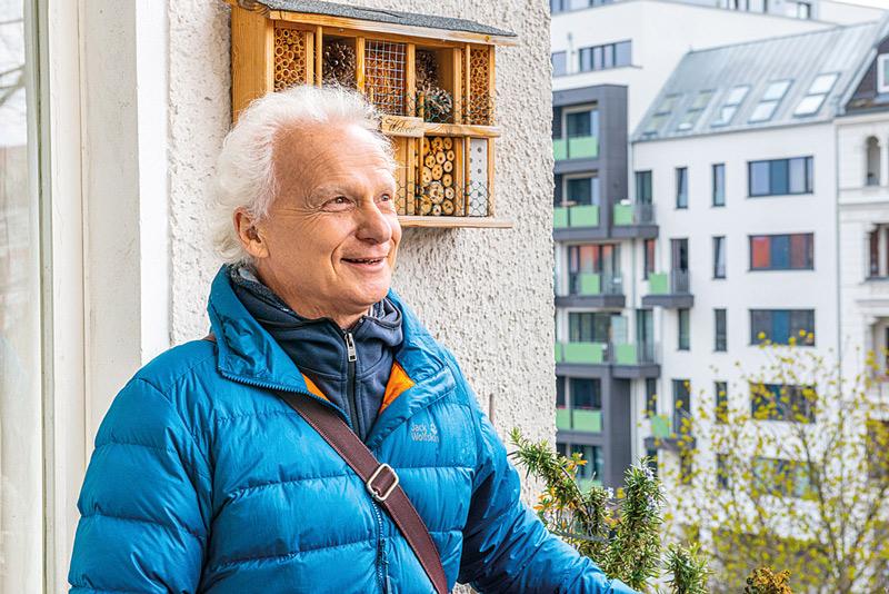 Rainer Kasten, der letzte verbliebene Mieter im Vorderhaus