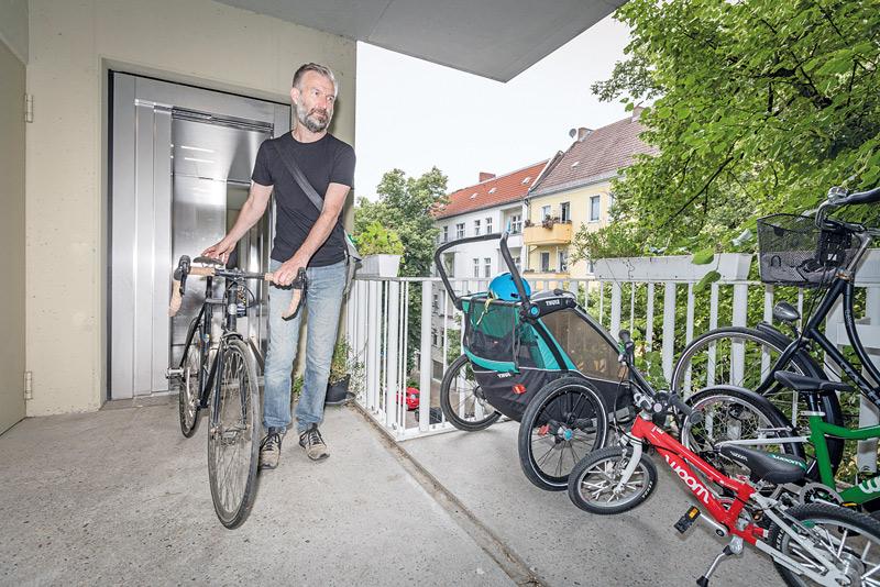 Fahrradloft auf überdachtem Zweitbalkon