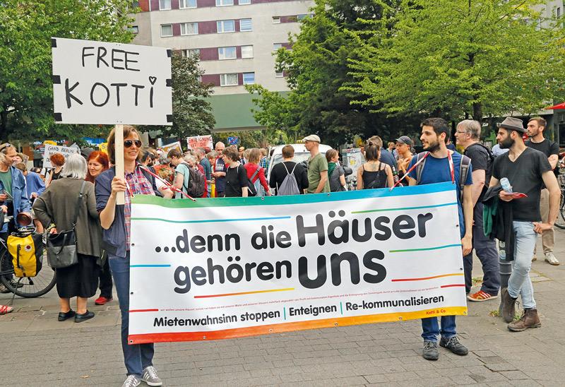 Wohnungspolitische Demonstration am Kottbusser Tor