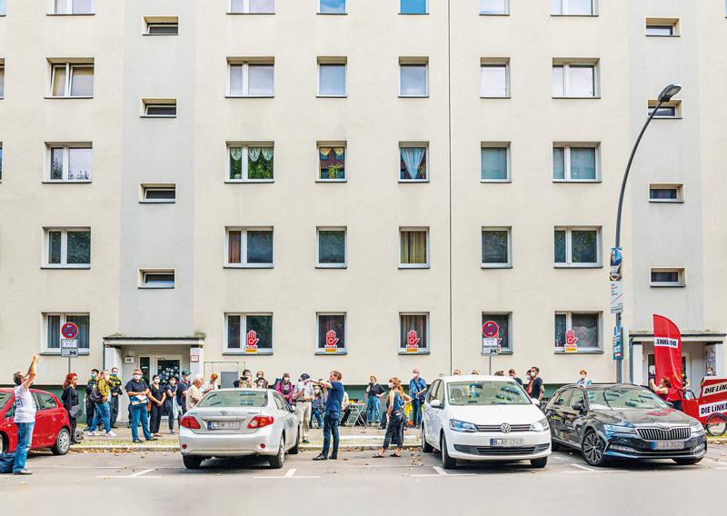 Protest vor der Habersaathstraße
